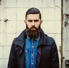 beardifulbeards:  isbotticelli:  Follow Is_botticelli for hot guys with beards  ☞☞BEARDIFUL☜☜