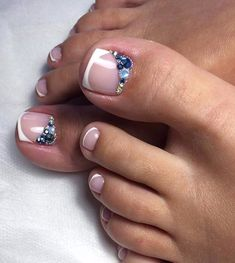 Pedicure Nail Art Design, If you've got hassle decisive that color can best suit your nails, commit to mirror this season or your mood! French Toe Nails, French Manicure Toes, Pedicure Nail Art, Pedicure Designs, Toe Nail Designs, Toe Nail Art, French Pedicure, Simple Toe Nails, Pretty Toe Nails