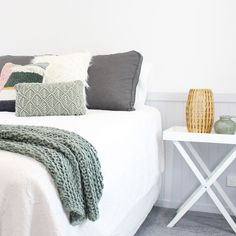 S•O•F•T  Soothing greens for a relaxed vibe. Blanket, Bed, Projects, Furniture, Home Decor, Log Projects, Blue Prints, Decoration Home, Stream Bed
