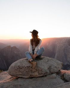☆ ∂ яєαм ☆ женская мода travel photography, photography и travel photos. Hiking Photography, Girl Photography, Photography Awards, Pinterest Photography, Adventure Photography, Street Photography, Photography Ideas, Tmblr Girl, Foto Instagram