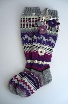 Crochet Socks, Knitting Socks, Knit Crochet, Comfy Socks, Thick Socks, Christmas Stockings, Slippers, Ankle, Things To Sell