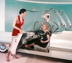 Lincoln Futura concept car, 1955 This is where hot house tomatoes got they're start.
