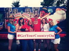 Cornbread and fans #GetYourCountryON