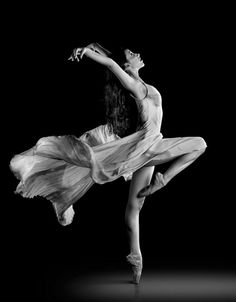 B/w ballerina n flowy dress