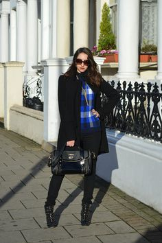 Blue check sweater in outfit for London fall, don't I love love this city?