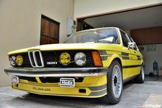 Classic Car News Pics And Videos From Around The World Suv Bmw, Bmw Cars, Bmw Classic Cars, Classic Mercedes, Bmw E21, E30, Bmw Design, Bmw Series, Series 3