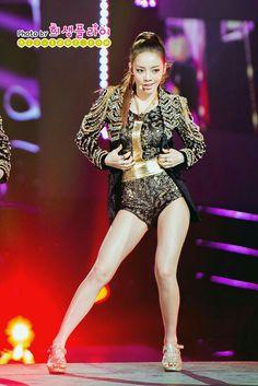 Kpop Girl Groups, Korean Girl Groups, Kpop Girls, Beautiful Asian Girls, Beautiful People, Han Seung Yeon, Vera Lynn, Goo Hara, Korean Bands