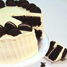 Chocolate_Oreo_Cake.jpg (1200×1200)
