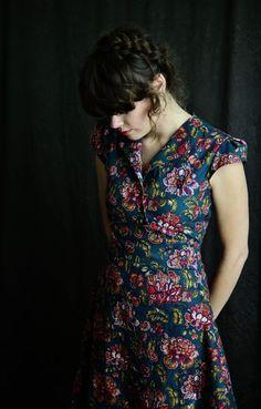 LetsBacktrack: Hauskleid mit Cap-Ärmeln