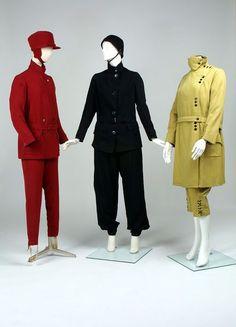 Ski outfit of gabardine lined with satin, made in Great Britain, ca. Ski Fashion, 1940s Fashion, Apres Ski Mode, Vintage Winter Fashion, Vintage Ski, Sport Wear, Fashion History, Skiing, 1920s