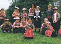 Marken kinderen in klederdracht #NoordHolland #Marken