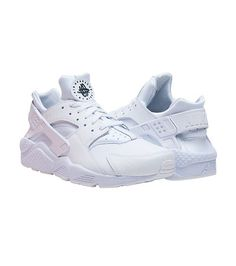 f9c11673adf0 NIKE Low top sneaker Lace up closure Padded tongue with HUARACHE logo  Cushioned inner sole for comfo.