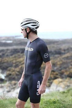 Cycling Jersey, Aero Fit, Flat locked seams for comfort Full length YKK zip 3 large pockets. Cycling Wear, Bike Wear, Cycling Outfit, Lycra Men, Lycra Spandex, Hot Hunks, Men Looks, Going Out, Sportswear