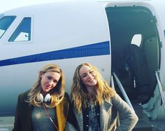Caity Lotz and Katie Cassidy Sibling goals
