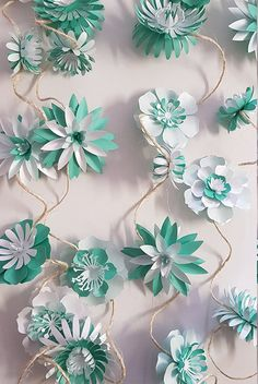 Gorgeous flower garden drawing inspirations that make a real impact. Flower Garland Wedding, Paper Flower Garlands, Tissue Paper Flowers, Floral Garland, Paper Leaves, Different Flowers, Small Flowers, Potted Flowers, Giant Paper Flowers