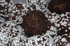 oreobollar My Pie, Pie Hole, Sweet Tooth, March, Cookies, Chocolate, Desserts, Food, Crack Crackers