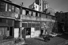 Le Bateau-Lavoir en 1967 - Photographe : Jack Garofalo - © Paris Match