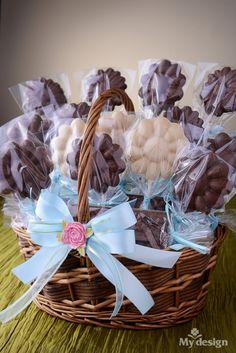 Canasta de flores de chocolates para regalar