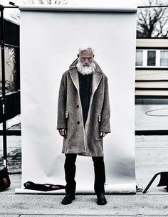 model : Paul Mason @paulmasonmgmt.via @ARCHIlista... -