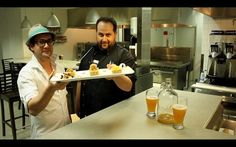 Éric Blackburn et Simon Fortin de la Voie Maltée nous dévoilent le #dessert du #soupergastronomique de la Croix-Rouge du 24 mai 2013! Pour acheter un billet : http://soupercxrougeqc.eventbrite.ca/