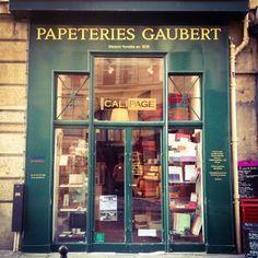 La plus titi parisienne des papeteries Grand Paris, Paris Theme, Coffee Shop, Liquor Cabinet, Places To Visit, Europe, Explore, Boutiques, Shops