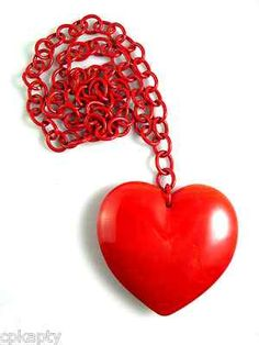 HUGE Vintage 1930s Bright RED Marbled BAKELITE Heart Pendant NECKLACE