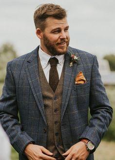 Blue Tweed Suit, Mens Tweed Suit, Tweed Waistcoat, Plaid Suit, Mens Suits, Winter Family Photos, Fall Family Photo Outfits, Fall Photos, Winter Outfits