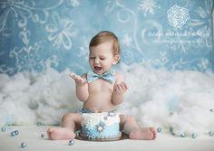 Dallas Cake Smash Photographer, blue, winter wonderland, winter onederland, snow flake