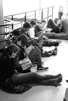 QUÉ LEER Reading together