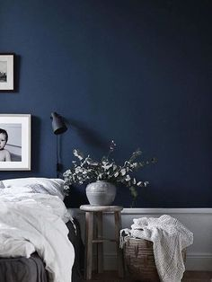Best Modern Blue Bedroom for Your Home - bedroom design inspiration - bedroom design styles - bedroom furniture ideas - A modern motif for your bedroom can be simply achieved with bold blue wallpaper in an abstract layout as well as patterned bedlinen. Navy Blue Bedroom Walls, Bedroom Wall Designs, Interior, Home Decor Bedroom, Dark Blue Walls, Blue Bedroom Walls, Blue Bedroom Decor, Navy Blue Bedrooms, Dark Blue Bedrooms
