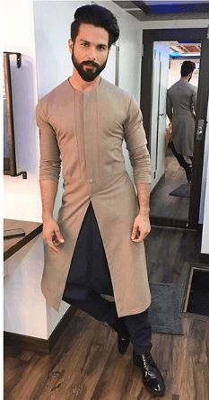 Latest Designs Jodhpuri Suit For Men: The Mandarin Collared or Nehru Inspired Jodhpuri Jackets are back in fashion. These Jodhpuris come as Elegant Suit Jackets, Waist Coats and Sherwanis. Wedding Kurta For Men, Wedding Dresses Men Indian, Formal Dresses For Men, Wedding Dress Men, Wedding Outfits For Men, Wedding Suits For Groom, Formal Suits For Men, Man Suit Wedding, Suit For Men