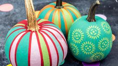 Painted Mini Pumpkins http://www.rodalesorganiclife.com/home/no-carving-required-pumpkins/painted-mini-pumpkins