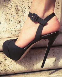 Le Silla #calfskin #sandals