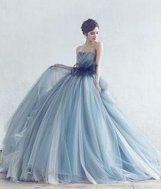 A by Hatsuko Endo - Big Dresses, Elegant Dresses, Pretty Dresses, Prom Dresses, Chifon Dress, Colored Wedding Gowns, Western Wedding Dresses, Fantasy Gowns, Disney Princess Dresses