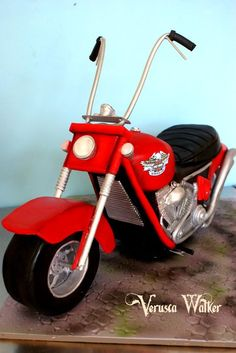 3D Motorbike - by Verusca Walker @ CakesDecor.com - cake decorating website