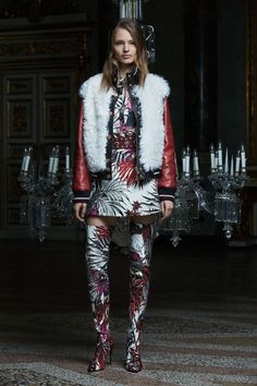 Fausto Puglisi Pre-Fall 2017 Fashion Show