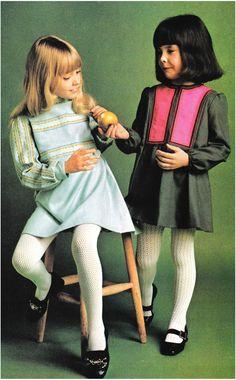 ten year old girl fashion 70s Fashion, Girl Fashion, Vintage Fashion, Vintage Kids Clothes, Vintage Children, Little Girl Dresses, Girls Dresses, 70s Mode, Vintage Mode