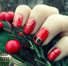 You should prepare your Christmas nail art designs ideas, before Christmas has been and gone!A neat manicure with festive designs can really lift your spirits throughout the season. When your nails… Holiday Nail Art, Christmas Nail Art Designs, Winter Nail Art, Winter Nail Designs, Winter Nails, Christmas Design, Spring Nails, Summer Nails, Cute Christmas Nails