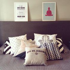 quarto lindo e cheio de amor!  #amimanera #decoração #casa #almofada #poster #decor #quarto #amimanerastore