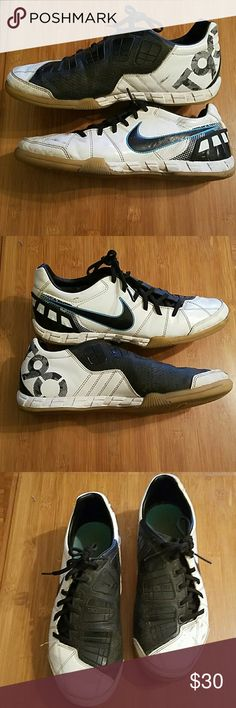 41763cb8f8454 Nike Indoor Soccer shoes Nike Total 90 Shoot III IC men's indoor soccer  shoes. Some