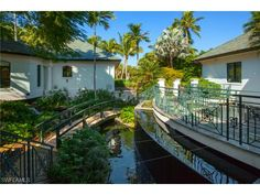 274 Little Harbour Ln, Naples, FL 34102 | Waterfront home in Little Harbour
