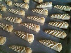 Ces cornets sont réalisés par la même pâte et la même farce utilisées pour la réalisation des dzériettes, les bourse s, les babo...