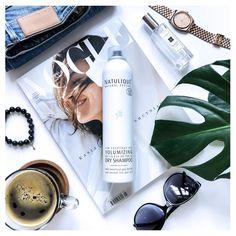 Ratunek dla tych w niedoczasie i już spóźnionych . Suchy szampon Natulique oraz pyszna i aromatyczna #cupofcoffe . 💕 Suchy szampon NATULIQUE jest idealnym rozwiązaniem aby uzyskać pięknie oczyszczone włosy oraz nadać im dodatkową objętość i unieść u nasady . 🌿 Jagody Goji i Aloe Vera bogate w witaminy, przeciwutleniacze, aminokwasy i składniki odżywcze zapewniają zdrowy, naturalny wygląd włosów Using Dry Shampoo, Beauty Boutique, Aloe Vera, Hair Beauty, Instagram, Organic, Style, Swag