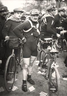 .........Carlo Galetti at Paris-Roubaix 1913!