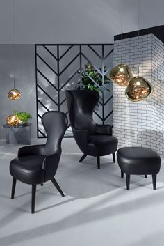 The wingback chair by Tom Dixon #tomdixon #meltpendant #brass #wingback…