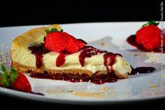 DOC GASTROPUB (jantar)  Cheesecake de chocolate branco e frutas vermelhas