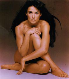 Can Elegant nude public stripper