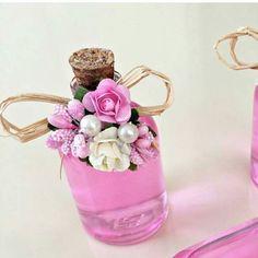 Mini kolonya şişesi 😍😊 Mantar tıpalı  kolonya şişesi kolonya renkli kolonya bebek şekeri nişan hediyesi söz hediyesi Wedding Favors, Baby, Gifts, Instagram, Model, Handmade Soaps, Ideas, Roses, Souvenir