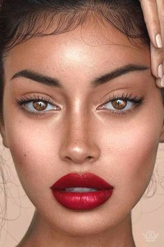 Pageant and Prom Makeup Inspiration. Find more beautiful makeup looks with Pageant Planet. Red Lips Makeup Look, Subtle Makeup, Simple Eye Makeup, Eye Makeup Tips, Glam Makeup, Natural Makeup, Natural Red Lips, Red Lipstick Makeup Blonde, Red Makeup Looks