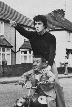 """R2D2 and C3P0 (Star Wars)...Kenneth George """"Kenny"""" Baker and Anthony Daniels"""